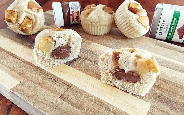Nutella gefüllte Hefe Apfel Zimt Muffins