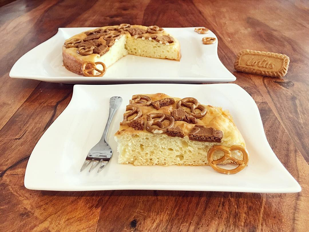 Weiße Schoki Lotus Brezel Kuchen
